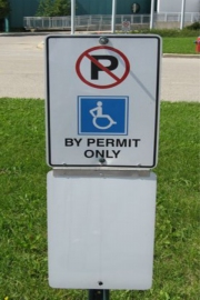 ALUMINUM PARKING, TRAFFIC & STREET SIGNS (10)
